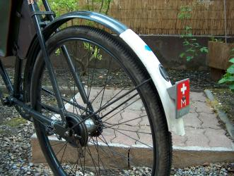 Licht In Fietswiel : Inch frame zonix omafiets inch licht roze met voordrager fiets